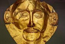 ΠΡΟΣΩΠΕΙΑ-MASKS / Το ακίνητο πρόσωπο του ανθρώπου: οι μάσκες. Μάσκες ορθάνοιχτες, αγριεμένες σαν των Αζτέκων, χρυσές και ξαφνιασμένες όπως οι μυκηναϊκές, λαϊκές κι ελληνικές όπως των χορευτών του Τράγου, όπως των χωριάτικων πανηγυριών, γελοίες και μετά απελπισμένες, παγωμένες στον τραγικό μορφασμός της βαθιάς Αμηχανίας […] που είναι η κρίσιμη στιγμή της αντίκρυσης του ανθρώπου με την ίδια του την ύπαρξη […], […] που είναι το γυμνό, το έσχατο πρόσωπο του ανθρώπου […]. (Γ. Χειμωνάς, στο: Φωτόπουλος 2006, 181)