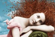 Red Hair / by Thais Wolf