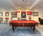 Man Caves / Don't we wish all men decorated their man cave this nicely?