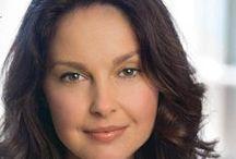 Ashley Judd ! / Ashley ! 1968. április 19. (életkor 48), Granada Hills, Los Angeles, Kalifornia, Egyesült Államok