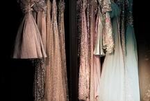 Fashion / Handbags and gladrags!