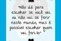 Frases do Instagram / https://www.instagram.com/aprateleira/