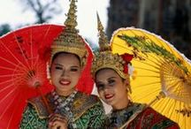 Thailand Travel, Textiles and Traditional Dress / Inspiration for Travel, Textiles and Traditional Dress in Thailand