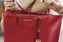 Oversized purses. / by Emily Noxon