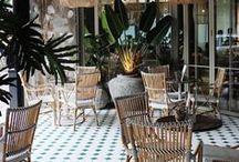 RESTAURANT BAR . Bar à tapas, brasserie, café, bistrot