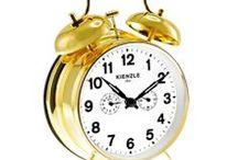 Wecker / Alarm clock / Herrliche Wecker, die einen aus dem Schlaf erinnern sollen. Ob digitale, analoge oder mechanisch.  Nice alarm clock that will remind one from sleep. Whether digital, analog or mechanical.