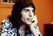 Ready Freddie? / Crazy little thing called LOVE
