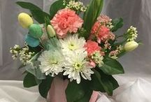 Floral Designs / Dundee Floral is an all-occasion, full service floral shop. We specialize in custom fresh cut or silk flower arrangements. We have whatever you might be looking for whether it's for a Wedding, a Memorial Service, or just because. Our professional floral staff will create the perfect bouquet or arrangement for you or a loved one.  Below are some wonderful creations made by our Floral department. You can reach our Floral Department at 763-559-0385