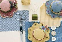 Pincushions / by Suzanne Maclellan