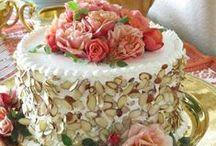 Poke cakes / Decoración y recetas de tortas frias.  / by alejandra hernandez guzman