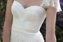 Weddings: dress