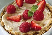 Efterrätter / Himmelska desserter av en lite nyttigare variant. Till när du vill unna dig något sött - Mums!