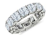Wedding Bands For Her / The most gorgeous wedding bands. #BHGirl