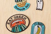 BOTTONS, PINS AND PATCHES