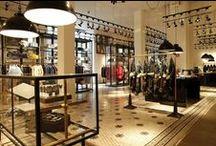 Tiendas de ropa / Escoge entre nuestro amplio catálogo de mobiliario para tiendas y decoración lo que más se ajuste a tus necesidades. En Retif podrás encontrar desde estanterías para tiendas, cajas registradoras o maniquíes de todo tipo.