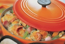 Le Creuset Volcanic / Le Creuset's trademark colour, Volcanic is a fiery orange colour that is graduated and is a very versatile range with the widest range of products available in the Le Creuset collection.