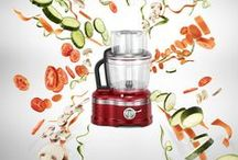KitchenAid Artisan 4L Food Processor / The KitchenAid Artisan 4L Food Processor is manufactured from a die-cast metal construction resulting in a robust, stable food processor that is built to last.