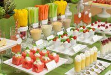 Treats - Herkkuja / Delisious food, snacks, and so on, made cratively. Herkkuja, jotka on valmistettu luovasti.