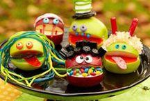 Food art - Ruokataidetta / Carved fruits, vegetable. Hedelmät ja vihannekset, joista on tehty taidetta.
