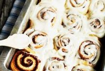 Food | Breakfast | Cinnamon Roll