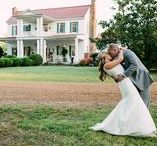 Heartwood Hall - Memphis Wedding Venue / Located on 25 wooded acres east of Collierville Tennessee, Heartwood Hall is a grand, historic southern plantation home built in 1840. With it's stately oak trees and beautifully landscaped garden, Heartwood Hall offers a truly unparalleled site for your bridal luncheon, rehearsal dinner, wedding ceremony and reception site in the Memphis area. Contact them: (901) 854-2294