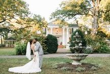 Elizabeth Looney Photography - Memphis Wedding Photographer / Elizabeth Looney Photography is a lifestyle and wedding photographer. She is based out of Nashville, Tennessee but is definitely willing to travel anywhere! Her photos are always beautiful, magical, and simply fabulous. Contact her: (901) 569-0808, (615) 567-3627