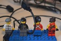 DIY:Johtoteline Legoista / Cord holder from Legos / Johtoteline Lego -hahmoista. / Cord holder from Lego -figures.