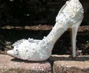 Handmade Wedding Shoes / Beautiful homemade and hand decorate wedding shoes