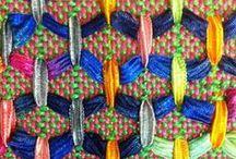 плетение / плетение из всего; ниток, веревок, сена