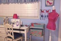 How to decorate a sewing room on a budget. / Ideas for decorating a sewing room.