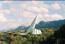monuments & memorials
