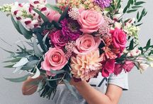 PRETTY THINGS + FLORALS / All about florals and pretty things, trinkets, fields, arrangements, flowers