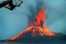 Natuurverschijnselen / Natuurverschijnselen en bouwwerken, natuurrampen, vulkanen, wolken