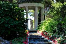 Gardens / Beautiful gardens from around the world, would be wonderful to own a garden like these.