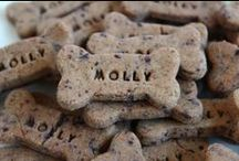 Gluten-Free/Hypoallergenic Dog Treats / Using our freshly ground rice flour and high quality garbanzo flour, these treats are perfect for dogs that are sensitive to wheat, or just love some variety. The garbanzo flour provides a tasty, grain-free option with a wonderful pumpkin taste!