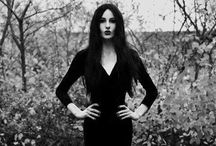 GoGoth / Fashion, makeup, photography. We just like darker things.