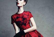 Elegance / Because ladies in formal dress-wear are oh so elegant ::