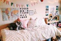 {Dorm Sweet Dorm} / How to decorate the Space you have!