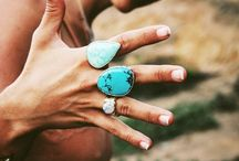 Jewelry / There is no such thing as too much turquoise! Simple and beautiful x