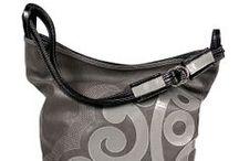 Akcesoria / Artystyczne ręcznie robione unikatowe przedmioty: torebki, woreczki podróżne, szale, chusty, akcesoria do włosów i inne.