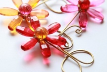 Handcrafted Accessories / Kanhai designs and makes handcrafted home accessories, gifts and lighting with beads and wire.
