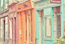 Constructions colorées... Colourful buildings