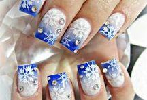 Hazy shades of winter / Inspirational winter nail designs and holiday nailart