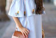 CARLA RAFFI • ÉTÉ / Les tendances mode pour flâner au soleil.  De nombreux produits sont disponibles sur le site de votre grossiste de vêtements pour femmes Carla Raffi : https://www.carlaraffi.com
