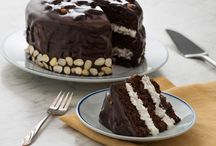 Let's Eat Cake / Mmmm cake / by Meghan Cooper | Lifestyle Blogger