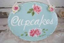 Cupcakes ♥´¯`•.¸.ʚįɞ