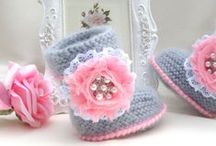 Baby shoes ღ¸⊰✿¸.•*ღ