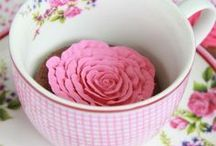 A cup of flowers? ♥