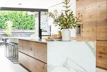 City Kitchen & Dining Room Inspiration / Inspiration on how my dream kitchen and dinning room in the city would look