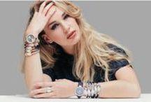 ⌚ Watch it! / Hét item om je outfit af te maken. Lucardi heeft een groot assortiment dus is er een horloge voor elke stijl!